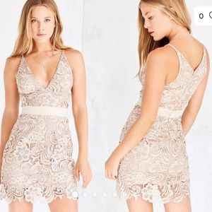 Dress the Population AVA lace dress in ivory